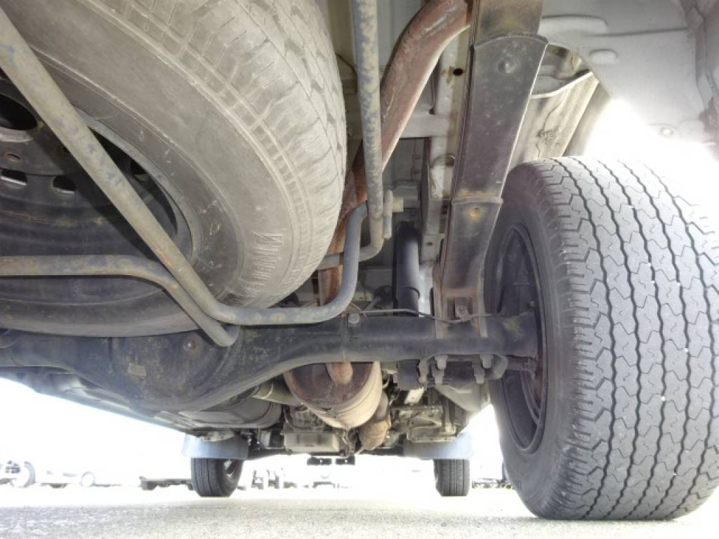Used 2003 AT Toyota Hiace Van TC-TRH112V Image[15]