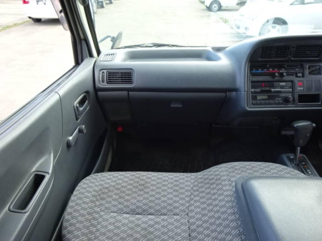 Used 2003 AT Toyota Hiace Van TC-TRH112V Image[24]
