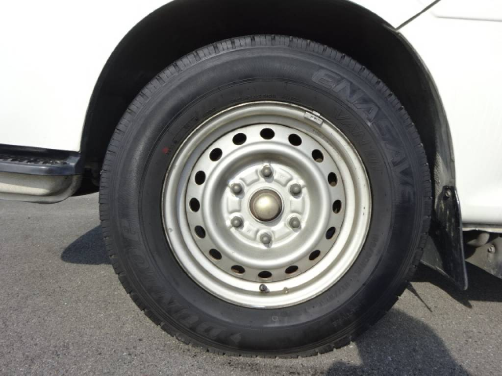 Used 2004 AT Toyota Hiace Commuter TRH124B Image[4]