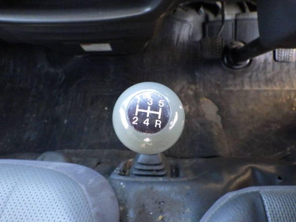 Used 2004 MT Nissan Vanette Van SK82VN Image[17]