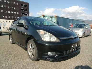 2004 AT Toyota Wish ZNE10G