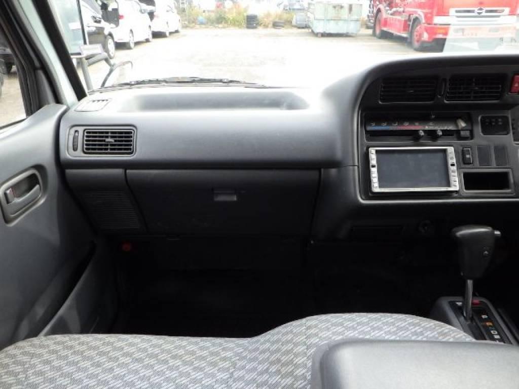 Used 2001 AT Toyota Hiace Van RZH112V Image[13]