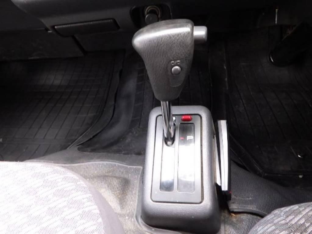 Used 2001 AT Toyota Hiace Van RZH112V Image[18]
