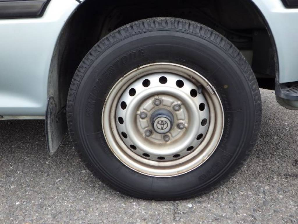 Used 2001 AT Toyota Hiace Van RZH112V Image[25]