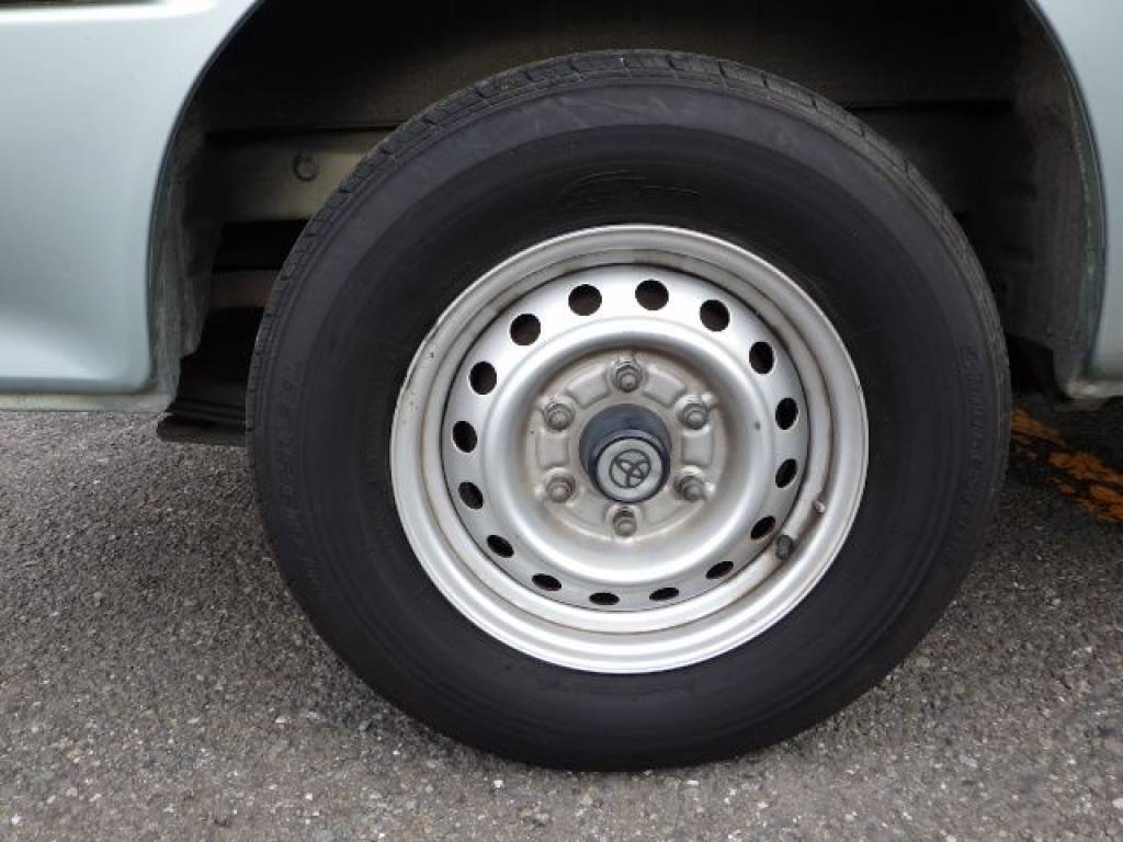 Used 2001 AT Toyota Hiace Van RZH112V Image[26]