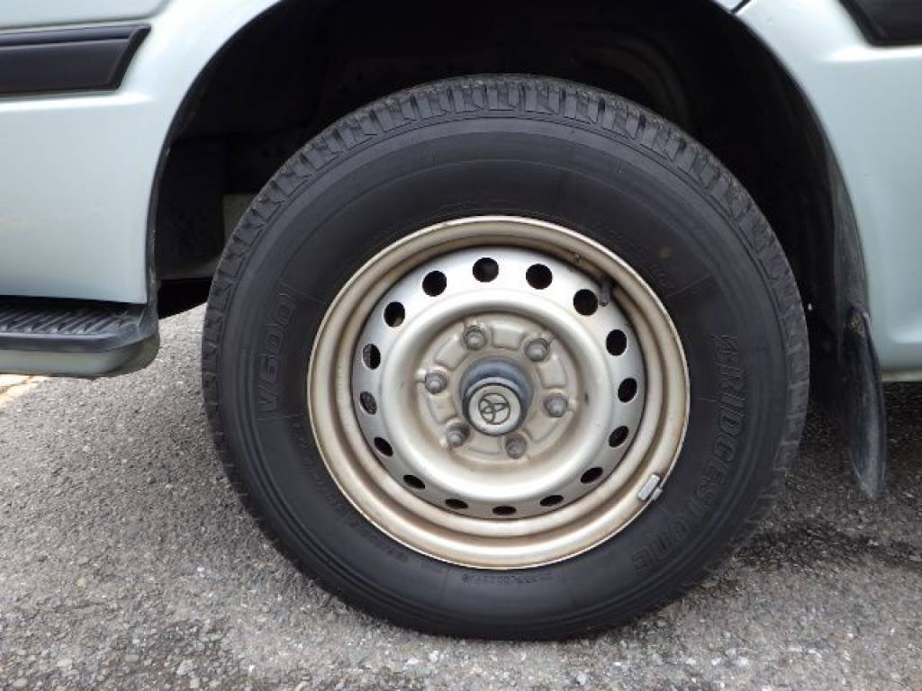 Used 2001 AT Toyota Hiace Van RZH112V Image[27]