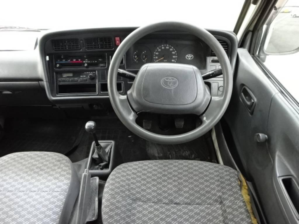 Used 2002 MT Toyota Hiace Van RZH102V Image[22]