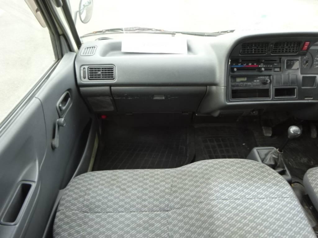 Used 2002 MT Toyota Hiace Van RZH102V Image[23]