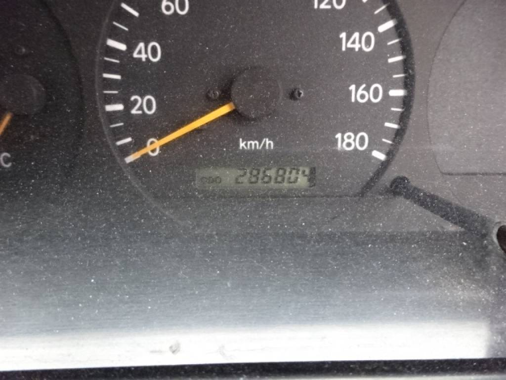Used 2002 MT Toyota Hiace Van RZH102V Image[25]