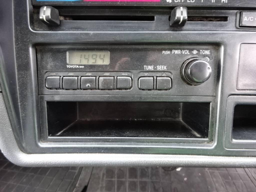 Used 2002 MT Toyota Hiace Van RZH102V Image[26]
