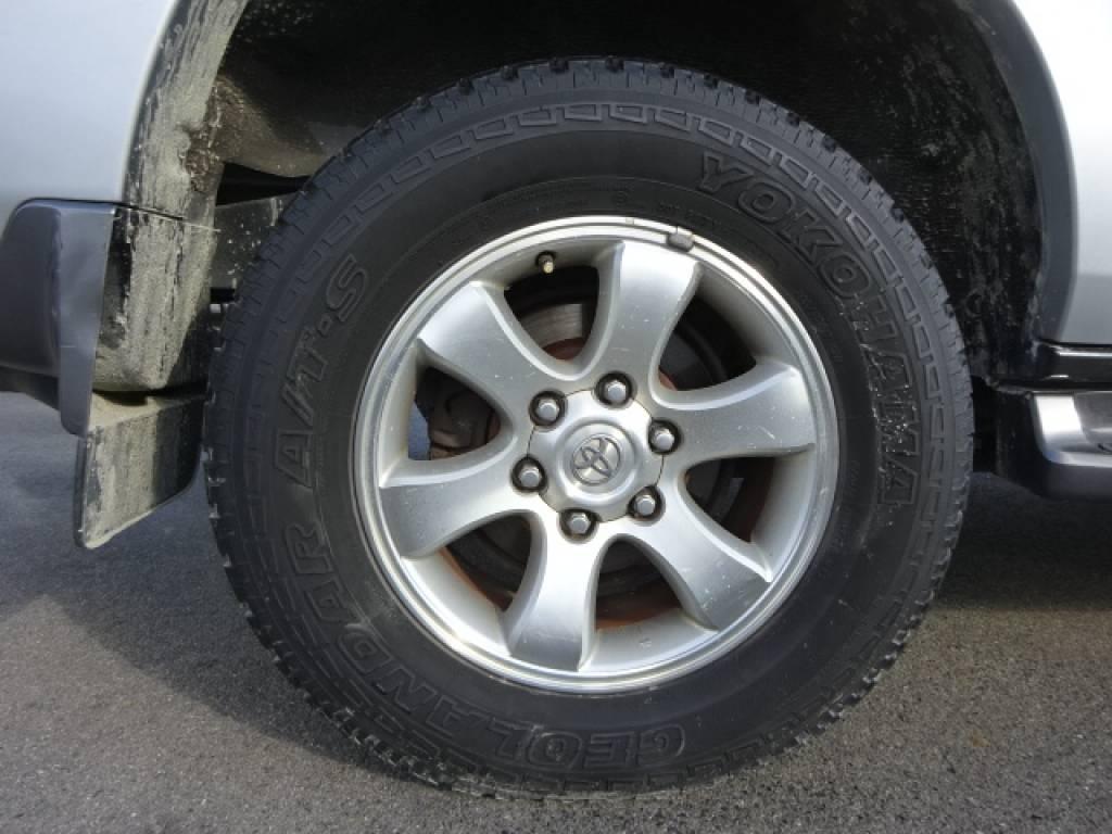 Used 2003 AT Toyota Land Cruiser Prado RZJ120W Image[8]
