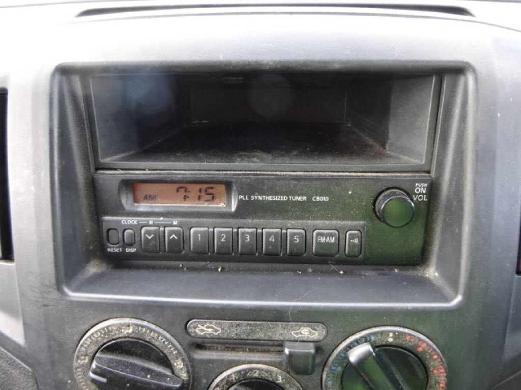Used 2009 AT Nissan NV200 VM20 Image[21]