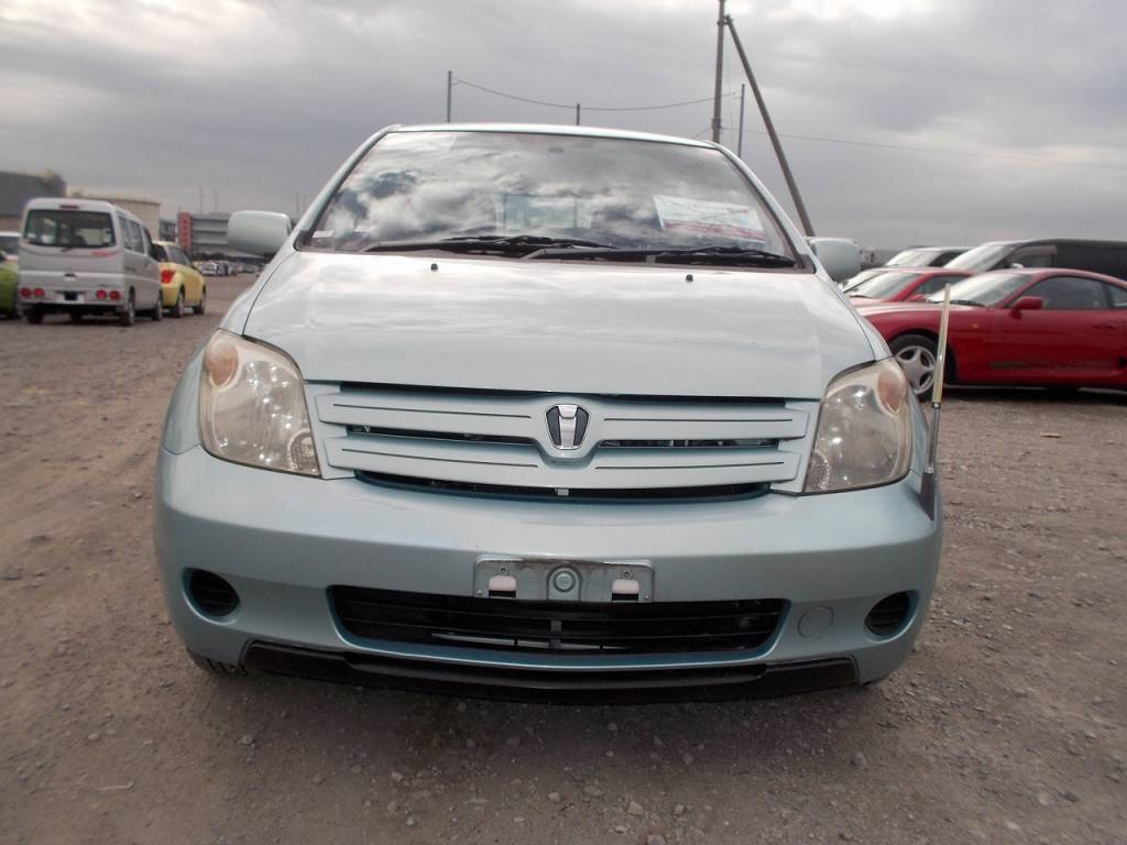 Used 2004 AT Toyota IST NCP60 Image[2]