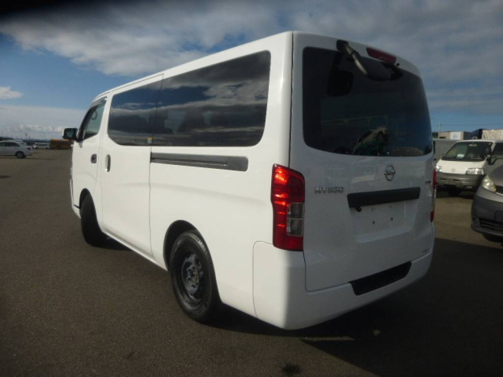 Used 2012 AT Nissan NV350 CARAVAN VAN VR2E26 Image[2]