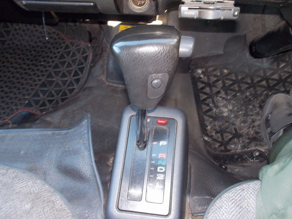 Used 2002 AT Toyota Hiace Van RZH112V Image[22]