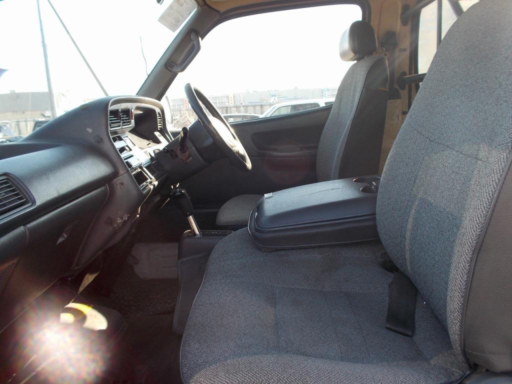 Used 2002 AT Toyota Hiace Van RZH112V Image[24]