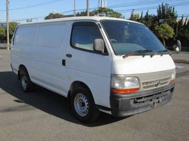 2000 MT Toyota Hiace Van LH172V