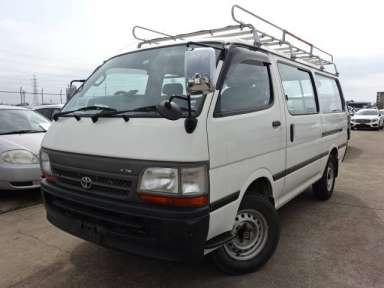 2004 MT Toyota Hiace Van TRH112V