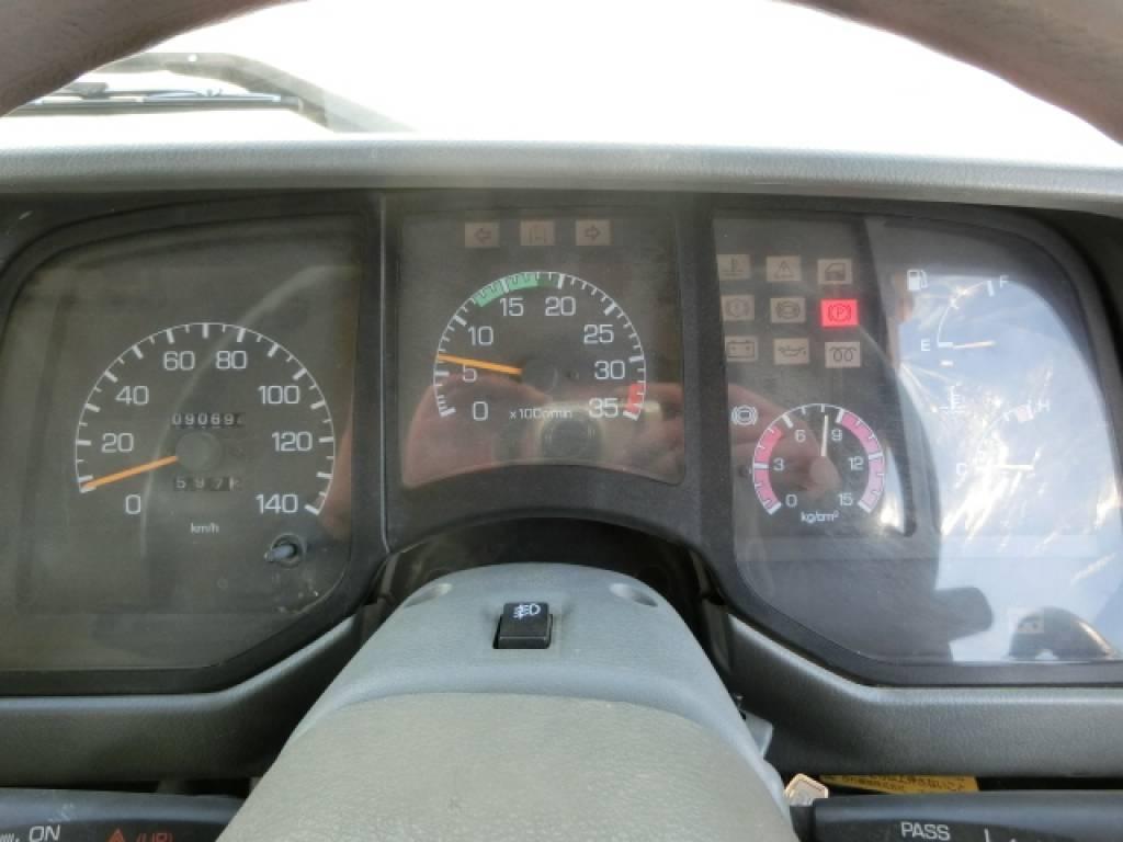Used 1994 MT Mitsubishi Fighter FK617DD Image[11]