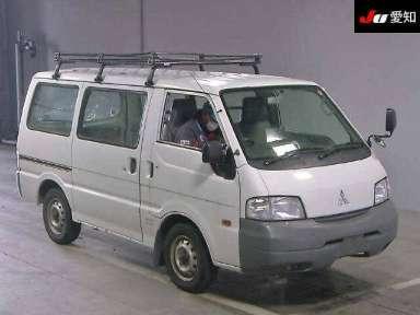 2009 MT Mitsubishi Delica Van SK82VM