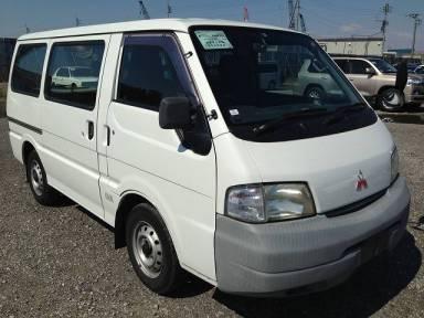 2002 MT Mitsubishi Delica Van SK82VM