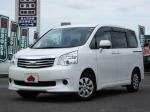 2013 CVT Toyota Noah DBA-ZRR70G