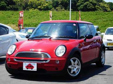 2002 AT BMW MINI GH-RA16