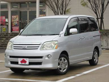 2006 CVT Toyota Noah DBA-AZR60G