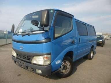 2004 MT Toyota Toyoace Root Van BU306V