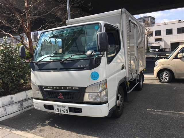 Used 2004 AT Mitsubishi Canter KK-FB70ABX Image[2]