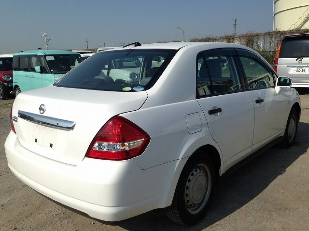 Used 2010 AT Nissan Tiida Latio SC11 Image[3]