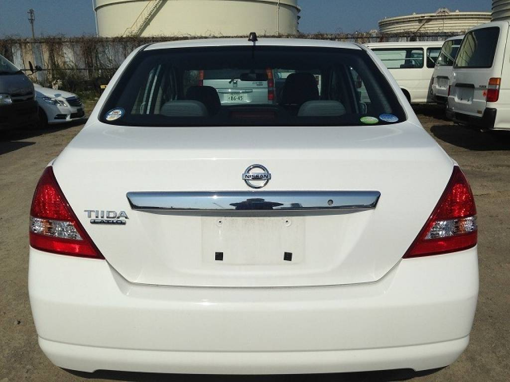 Used 2010 AT Nissan Tiida Latio SC11 Image[5]