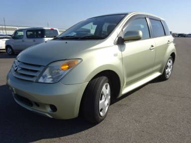 2006 AT Toyota IST NCP60