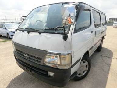 2000 AT Toyota Hiace Van RZH112V