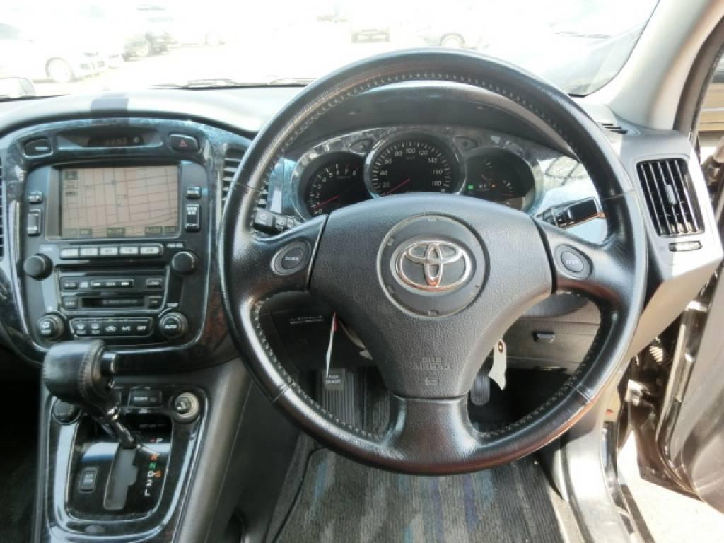 Used 2005 AT Toyota Kluger V ACU20W Image[14]