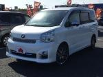 2014 AT Toyota Voxy DBA-ZRR70W
