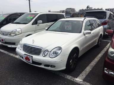 2006 AT Mercedes Benz E-Class DBA-211254C
