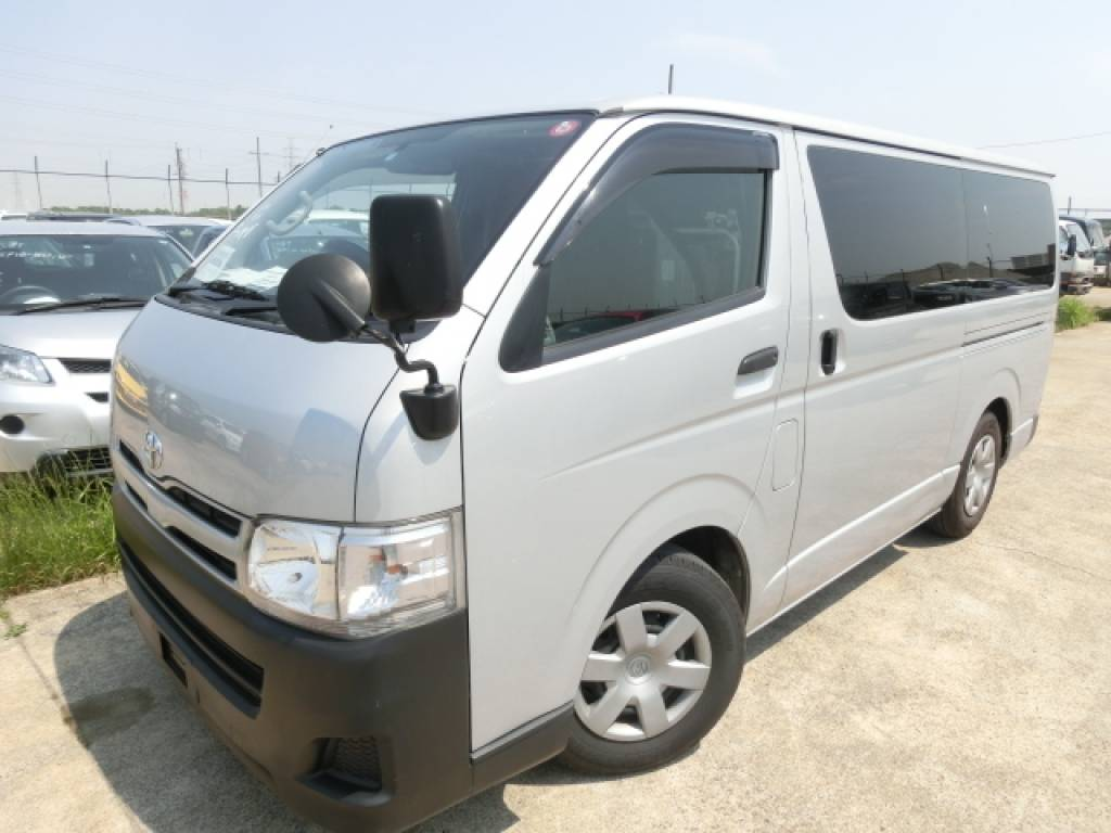 Used 2011 AT Toyota Hiace Van KDH201V