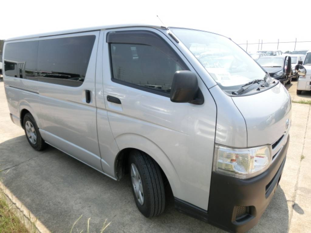 Used 2011 AT Toyota Hiace Van KDH201V Image[4]