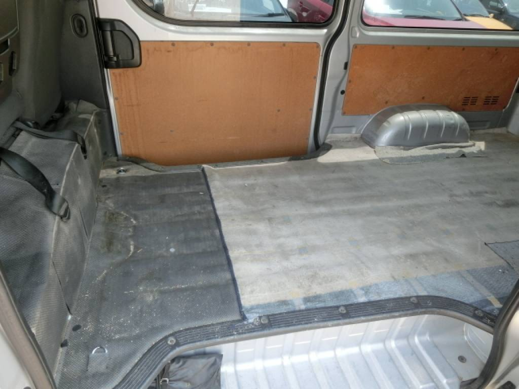 Used 2011 AT Toyota Hiace Van KDH201V Image[9]