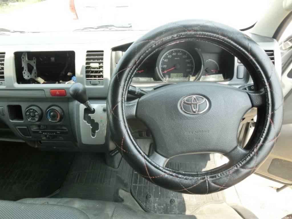 Used 2011 AT Toyota Hiace Van KDH201V Image[11]