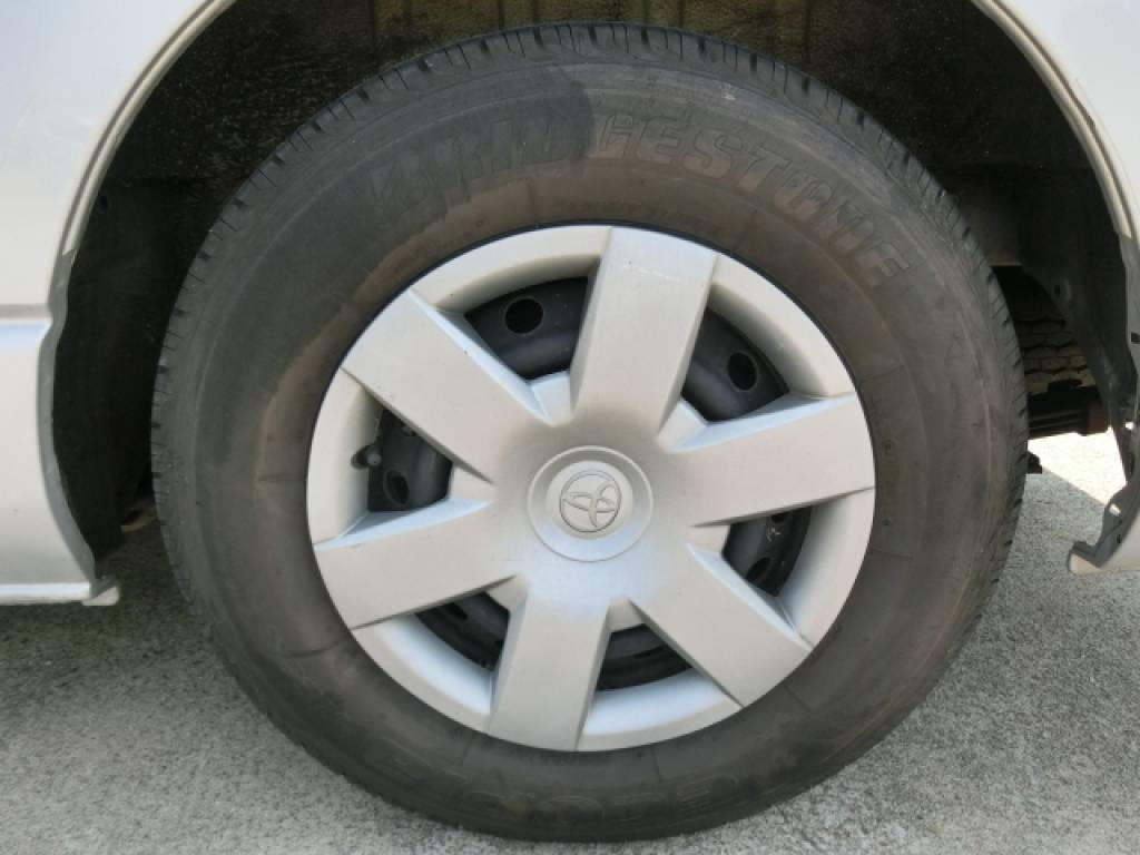 Used 2011 AT Toyota Hiace Van KDH201V Image[18]
