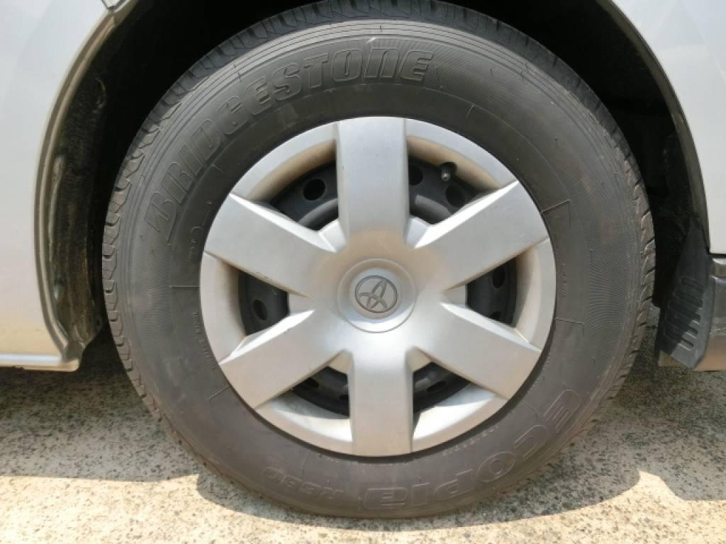 Used 2011 AT Toyota Hiace Van KDH201V Image[20]