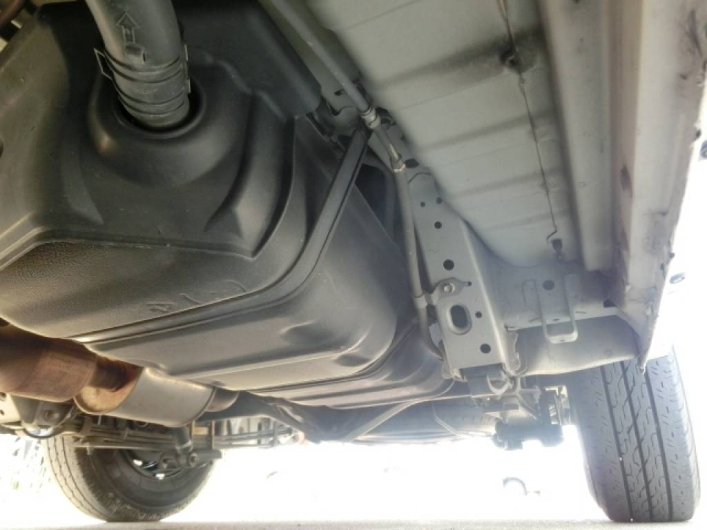 Used 2011 AT Toyota Hiace Van KDH201V Image[24]