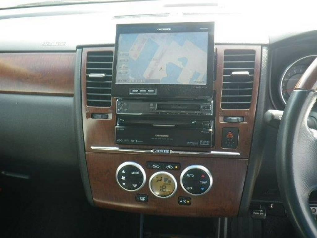 Used 2007 AT Nissan Tiida C11 Image[14]