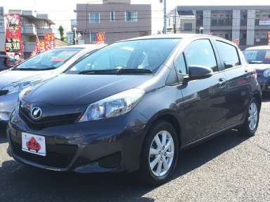 2011 AT Toyota Vitz DBA-NSP130