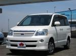 2005 AT Toyota Noah CBA-AZR60G