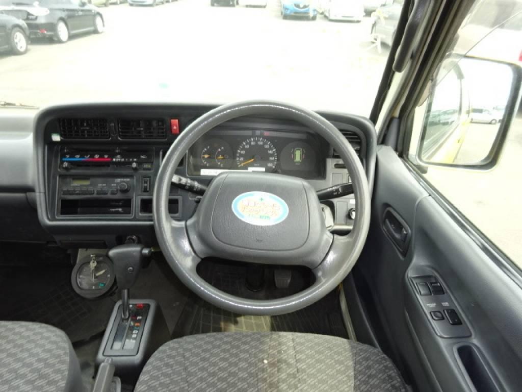 Used 2003 AT Toyota Regiusace Van RZH112V Image[10]