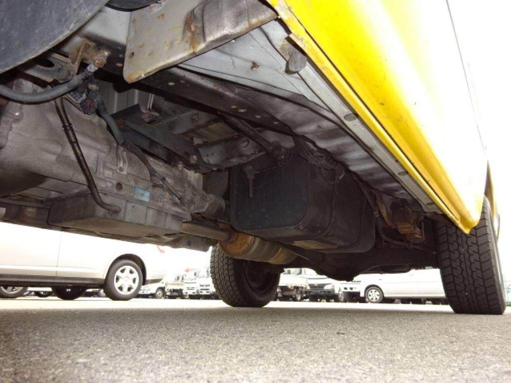 Used 2003 AT Toyota Regiusace Van RZH112V Image[23]
