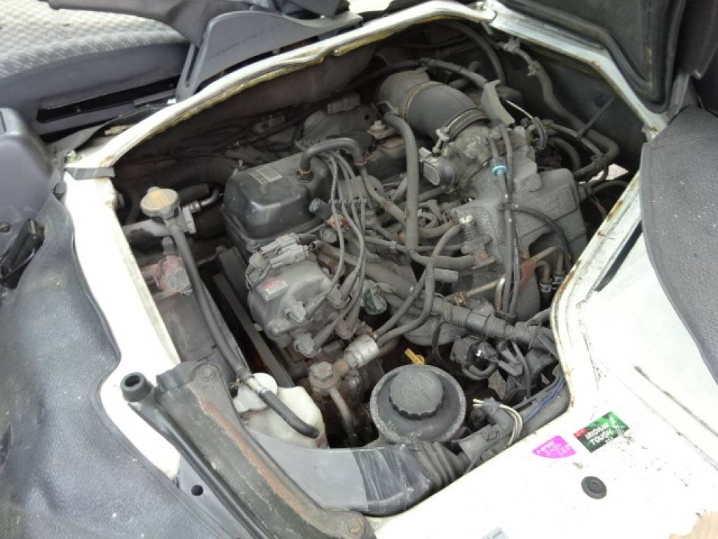 Used 2003 AT Toyota Regiusace Van RZH112V Image[29]